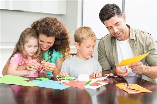 מרחב למשחק משותף הורים וילדים